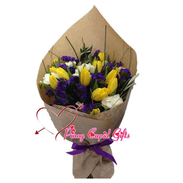 10 Yellow Holland Roses with white Roses