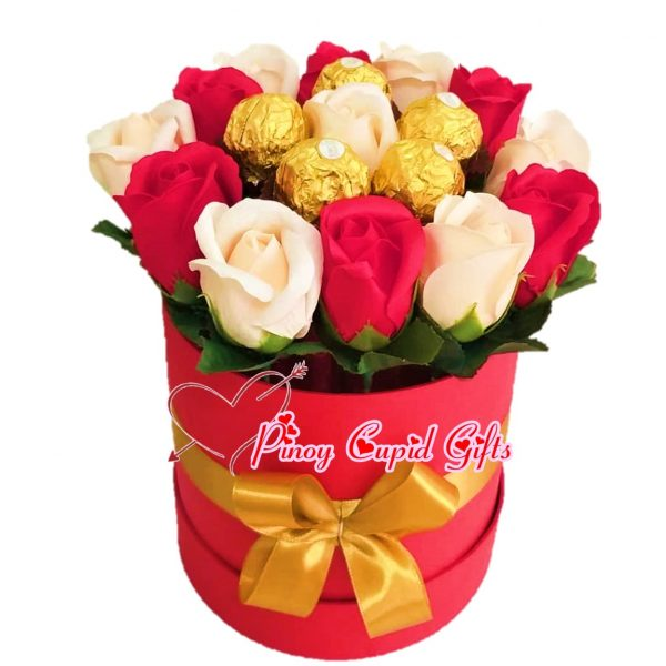Mixed White/Red roses and 5 Ferrero in a Round Gift Box