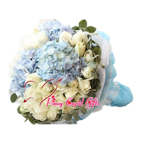20 White Imported Roses with Imported Blue Hydrangea