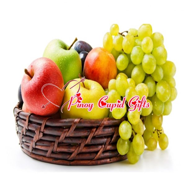 Fruit Basket 12: 2 red Apples 2 green Apples 2 Pears 1/2 kilo green grapes 1/2 kilo red Grapes.