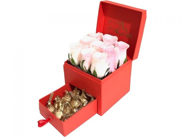 Imported Pink Roses with Hershey's Kisses Chocolate in gift box