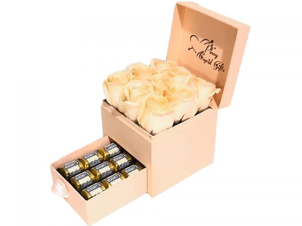 Imported Peach Roses with Hershey's Nuggets chocolates in a special gift box