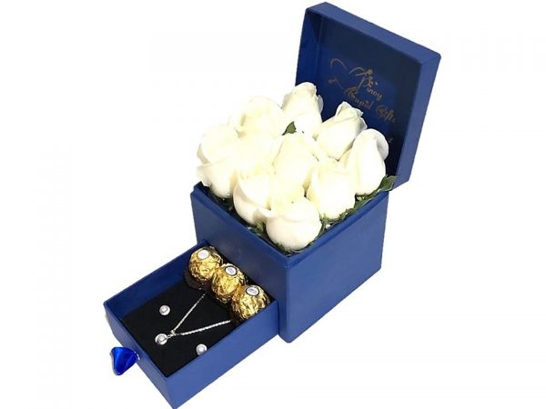 White Roses, Pearl Set and Ferrero Chocolate in a gift box
