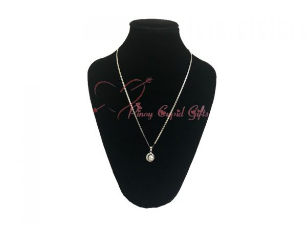 Single Peal Necklace for her