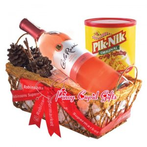 Carlo Rossi Pink Moscato Wine and PikNik Snack Gift set