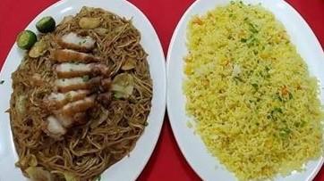 Pancit w/lechon macau+ Yangchow rice (good for 3-4)