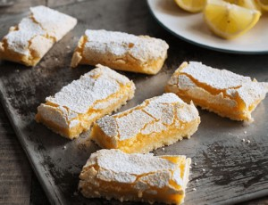 Box of 8pcs lemon bars