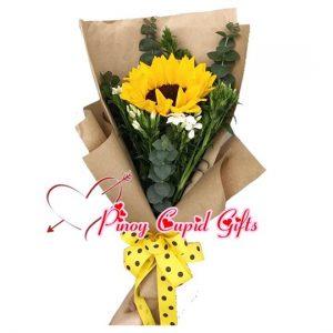 1 Sunflower in a hand bouquet