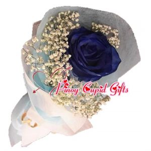 1 Imported Blue Holland Rose in a hand bouquet