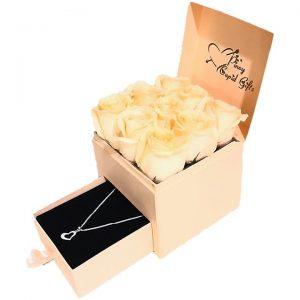 ROMANTIC BOXES