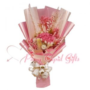 Everlasting Dried Pink Bouquet 01
